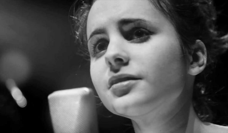 Lletra i Videoclip de la cançó d'Andrea Motis – Al·leluia (Hallelujah)