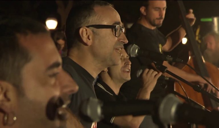 Lletra i Videoclip de la cançó del grup Obrint Pas – Som (en acústic)