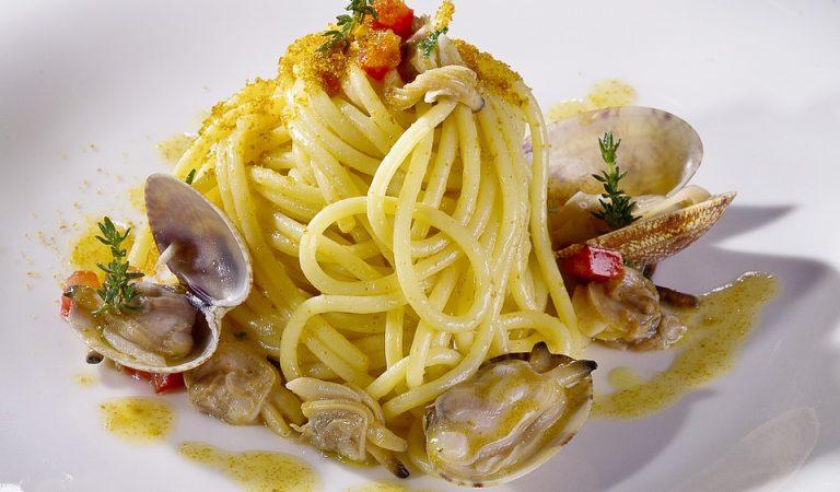 Recepta de Cuina, Com es fa – Espaguetis amb cloïsses