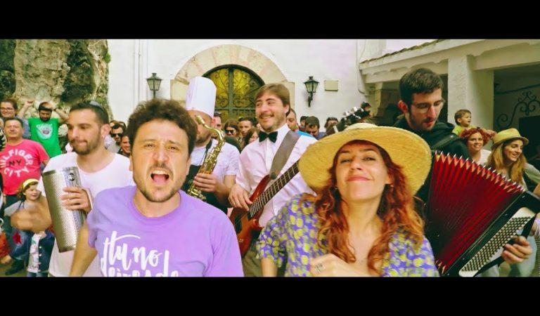 Lletra i Videoclip de la cançó del grup Pepet i Marieta – La cova