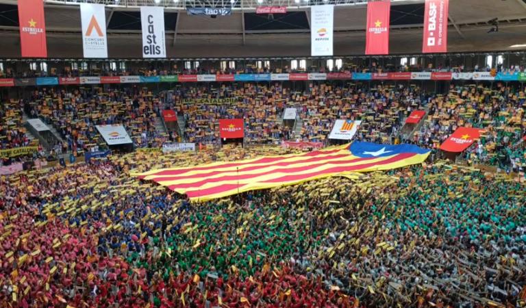 Emocionant cant dels Segadors des de la Tarraco Arena Plaça de Tarragona – XXVII Concurs de Castells – 07.10.2018