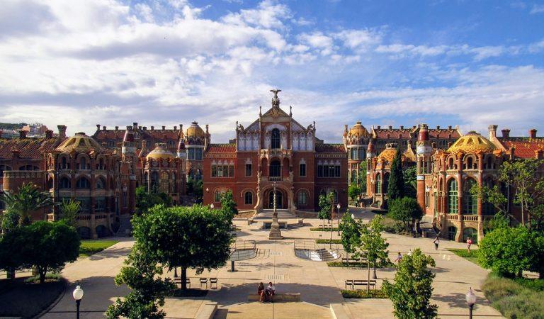 600 anys d'història de l'Hospital de la Santa Creu i Sant Pau.