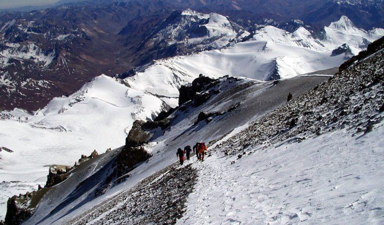 Moren tres alpinistes catalans i un peruà als Andes.