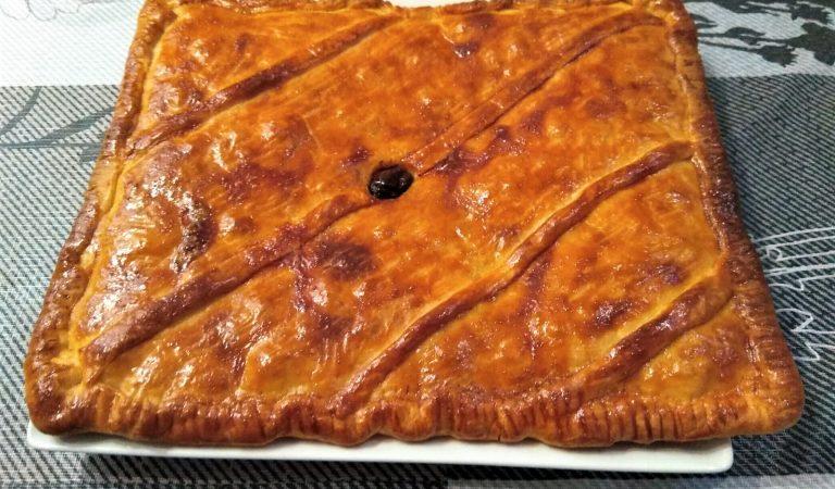 Recepta de Cuina, Com es fa – Empanada de bacallà i escopinyes