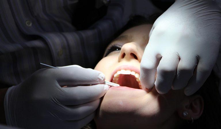 L'ajuntament de Barcelona aposta per una odontologia per a tothom.