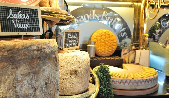 El Bufet lliure de formatges més gran del món a un pas de Catalunya