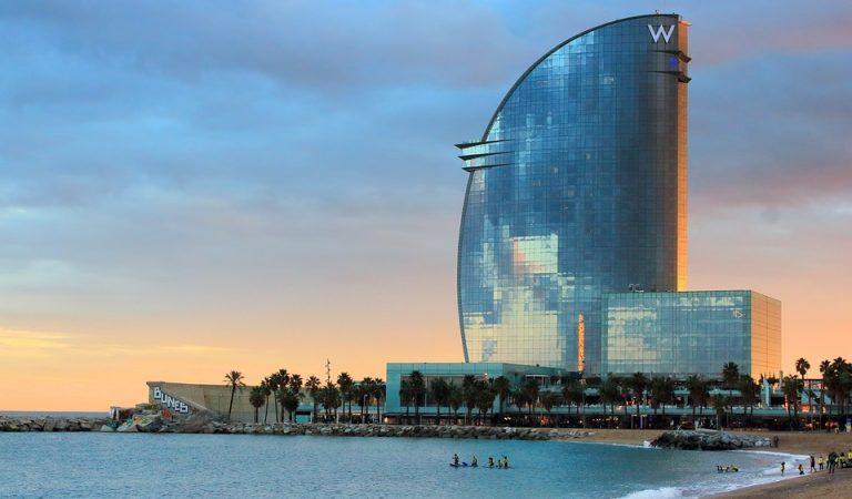El futur Museude l'Ermitageal Port de Barcelona