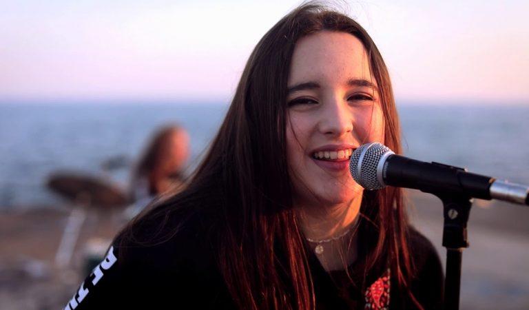 Lletra i Videoclip de la cançó del grup Cable Obsession – Viu la vida