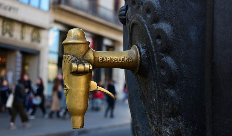 Sabeu quantes Fonts de Canaletes hi ha a Barcelona?