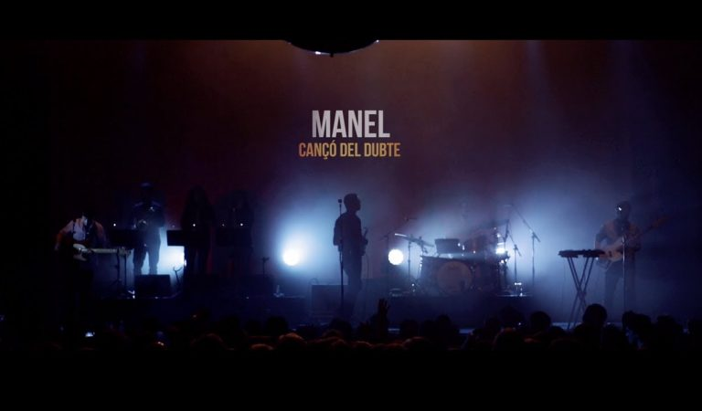 """Lletra i Videoclip de """"Cançó del Dubte"""" – Manel al Razzmatazz (oficial)"""