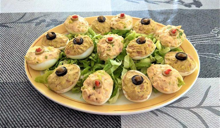Recepta de Cuina, Com es fa – Ous farcits de salmó amb guacamole
