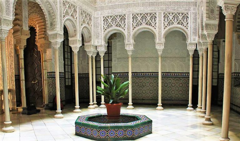 Sabeu que tenim una petita Alhambra al barri de Sant Gervasi de Barcelona?