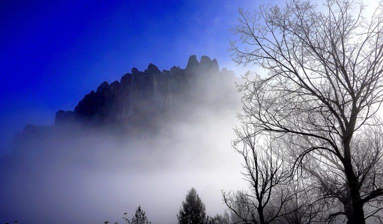 Se suspen l'encesa de les agulles de Montserrat per les previsions de pluja.