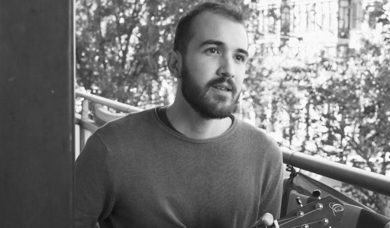 Lletra i Videoclip Oficial de la cançó Giren d'en Marc Amat