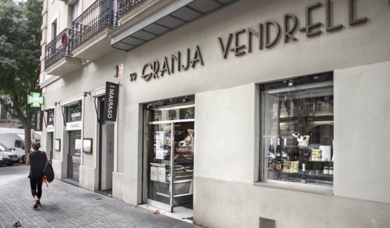 Granja Vendrell, un altre establiment centenari que tanca a l'Eixample de Barcelona.