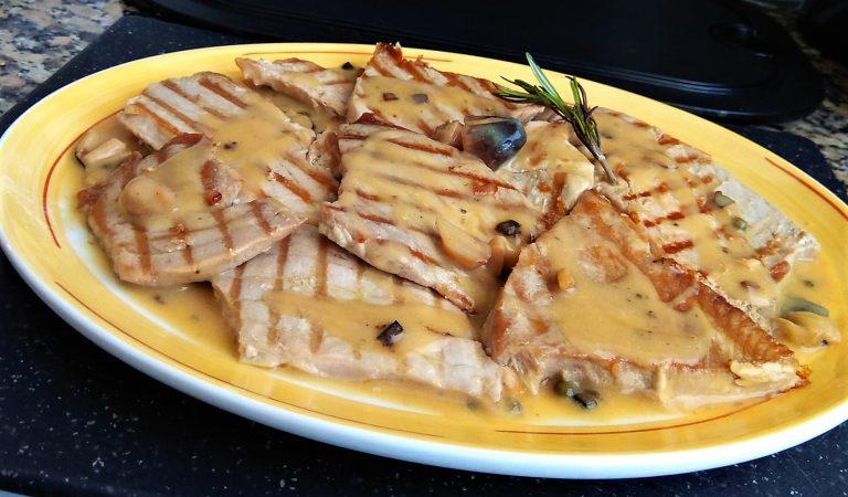 Recepta de Cuina, Com es fa – Tonyina amb fredolics a la salsa de pebre verd