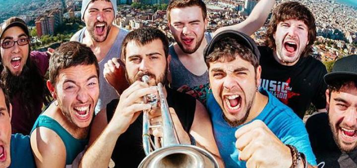 """Txarango i Sopa de Cabra, entre altres, no participaran en el concert """"Barcelona, ens en sortirem"""" pel seu elevat cost."""