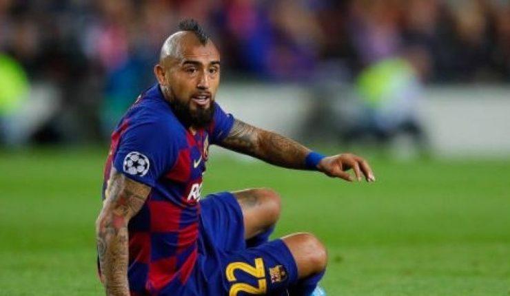 Vidal denúncia al Barça per l'impagament de 2,4 milions d'euros.