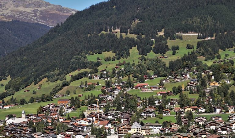 Sabíeu que el petit Principat de Liechtenstein el va fundar un català?