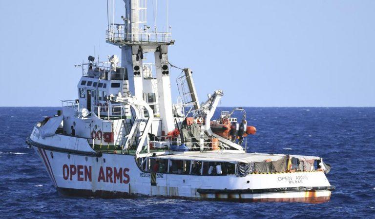 OpenArmsen perill de desaparèixer per manca de recursos per arreglar el vaixell.