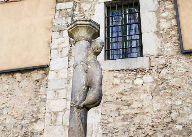 Girona decideix precintar el Cul de la Lleona per por a la propagació del Coronavirus.
