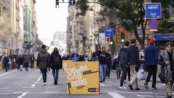 Cap de setmana de vianants a quatre artèries principals de Barcelona.