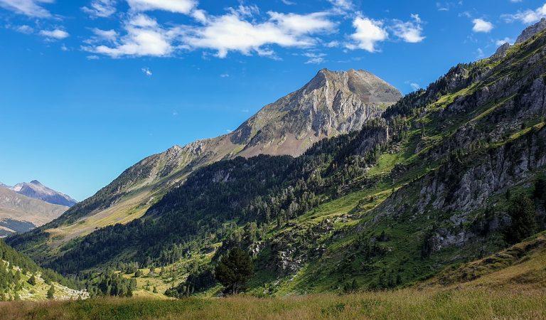 Sabeu d'on bé el nom dels Pirineus? – La llegenda de Pyrene