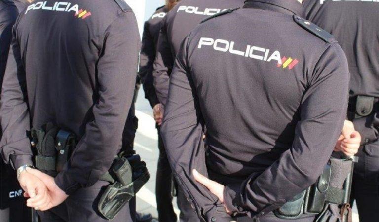 Els policies condecorats pels fets de l'1 d'Octubre rebran una paga vitalícia.