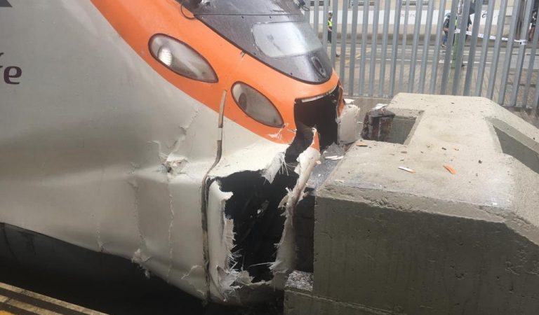 Disset ferits en un accident de tren a Mataró