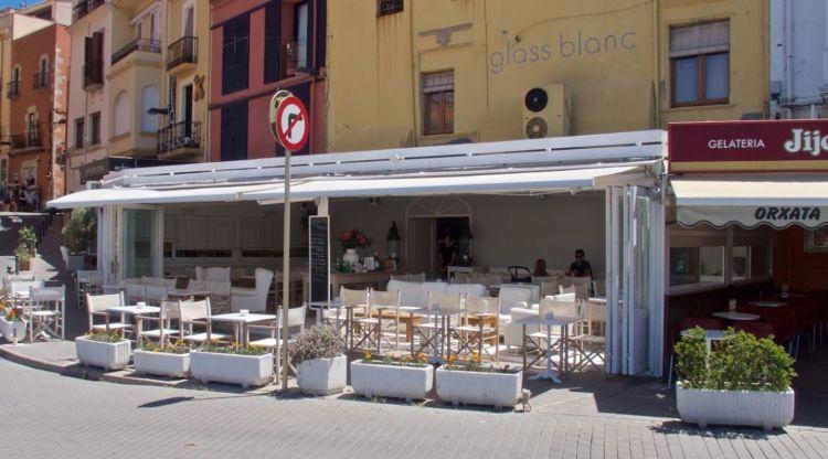La Policia local de Palamós aixeca acta a un bar perquè només accepta clients de Girona