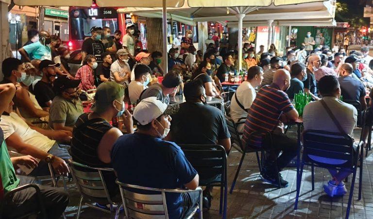 La Guàrdia urbana desallotja 200 persones d'un bar de l'Hospitalet mentre veien la final de laChampions.