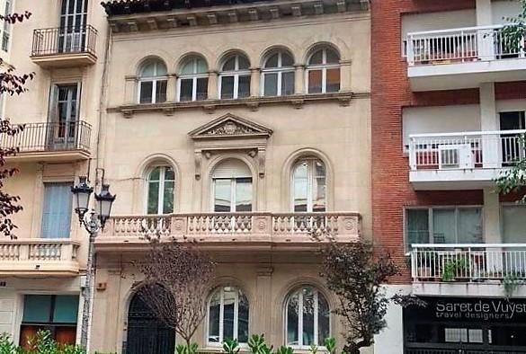Enderroquen l'últim palauet senyorial que quedava a la plaça Adrià, la Casa Jover