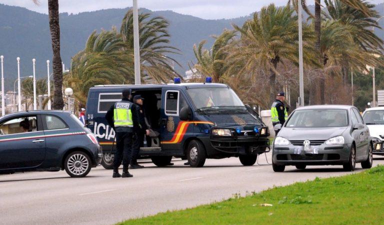 """Un empordanès presenta una denúncia contra la Policia Nacional per retenir-lo per respondre en català – """"Háblenosencastellano"""""""