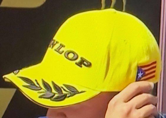 La gorra de Dunlop que va fer esclatar les xarxes socials