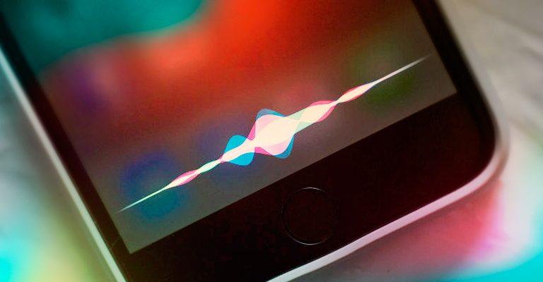 Siri, l'assistent de veu d'Apple aviat parlarà català