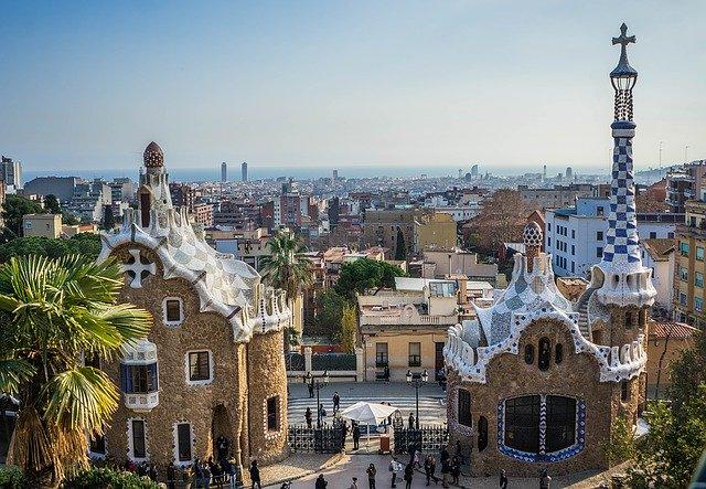 La ciutat de Barcelona tan sols té un 10% d'espais, carrers o places amb nom de dona.