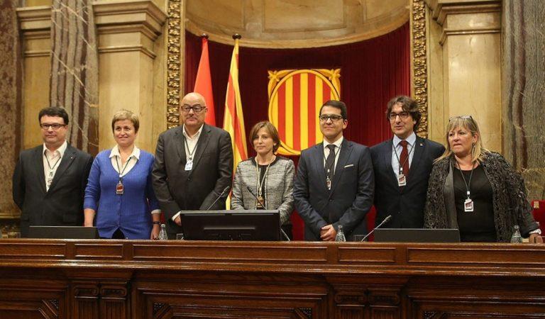 El TSJC inhabilita els membres de la Mesa del parlament presidida per Carme Forcadell