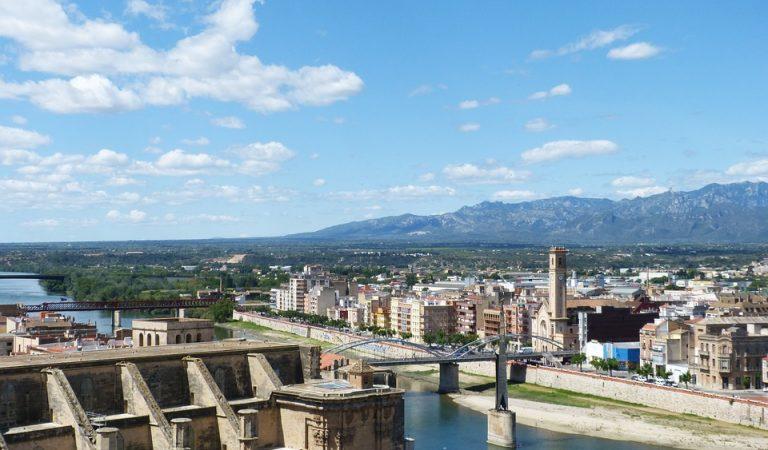 El monument franquista de Tortosa serà retirat per la Generalitat després que l'Estat es desentengui.