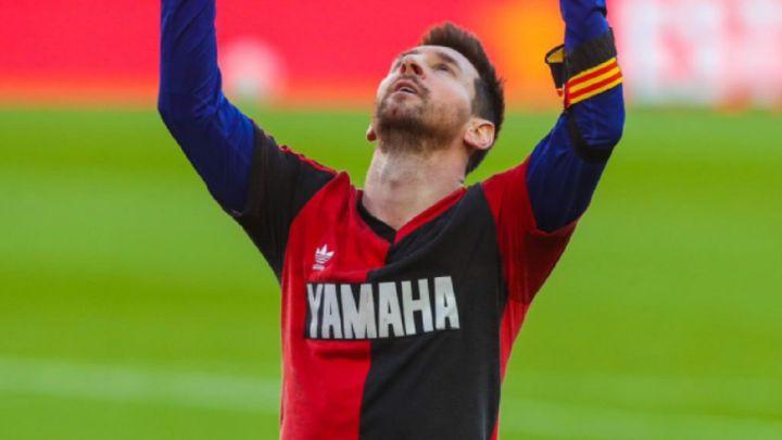 Messi dedica el seu gol d'ahir a DiegoArmandoMaradona
