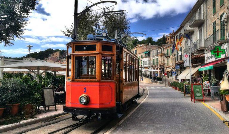 A Mallorca i Eivissa limiten les reunions socials i familiars a les persones que convisquin