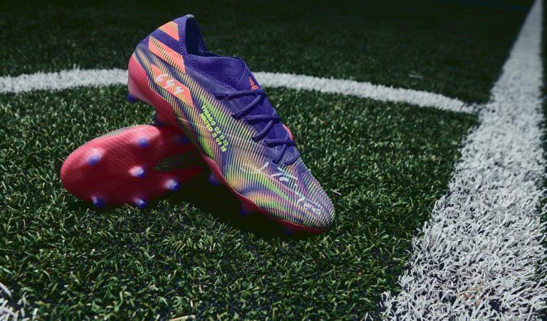 Leo Messi dóna unes botes molt especials per a ell per subhastar-les a favor dels nens amb càncer