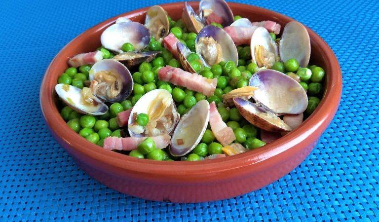Recepta de Cuina, Com es fa – Pèsols amb cansalada i cloïsses