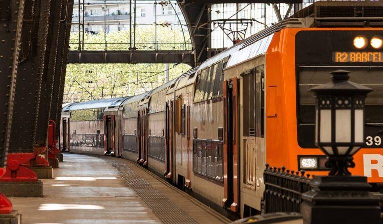 Agressió a dos vigilants en un tren de Rodalies a Mollet del Vallès