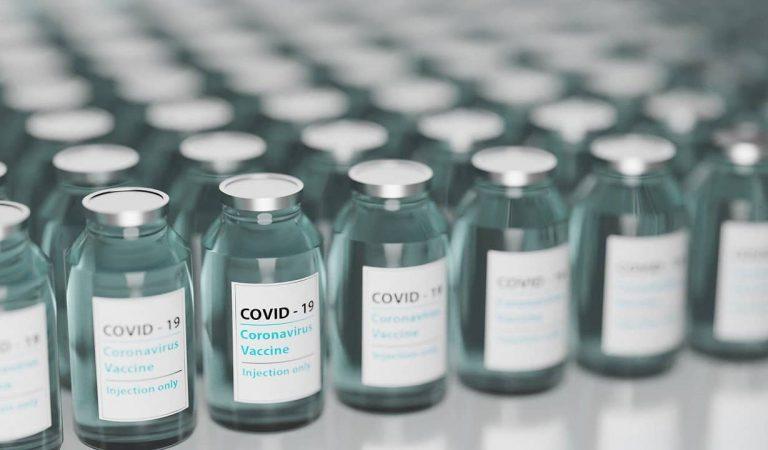 Sanitat està investigant la mort d'una dona de43anys que va rebre la vacuna AstraZeneca