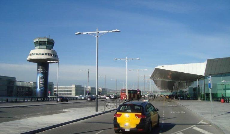 Uber torna a Barcelona després d'un any i mig sense operar a la ciutat