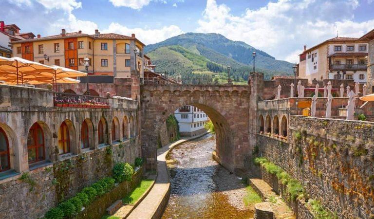 Potes (Cantàbria) és el poble d'interior més bonic d'Espanya. Sabeu quin és el segon?
