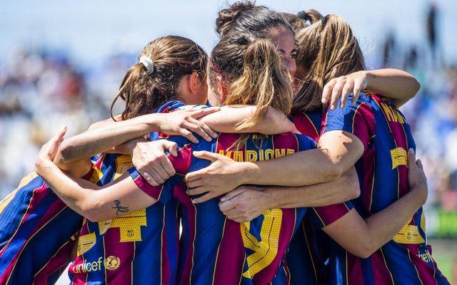 El Barça femení de futbol es proclama campió de lliga amb una temporada perfecta.