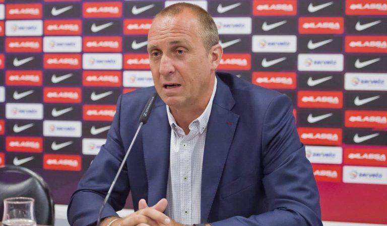Laporta acomiada a David Barrufet després de37anys en el club blaugrana