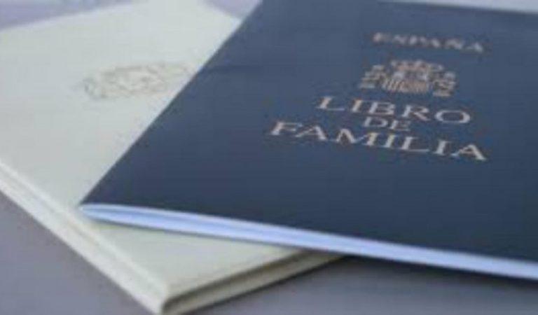 105anys després de la seva creació, desapareix definitivament el Llibre de Família
