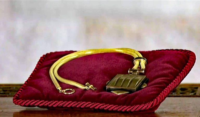 La curiosa història del Medalló de la Generalitat que rebrà avui Pere Aragonès i que el president Torra va rebutjar.